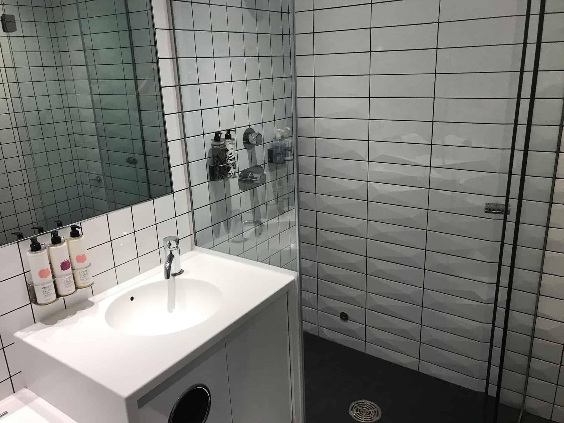 Shower room at LHR Virgin Arrivals Lounge