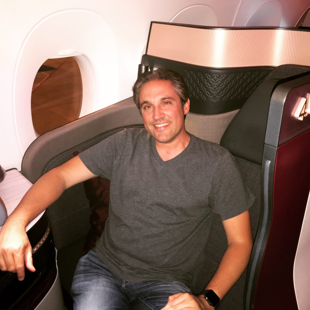 Flying the Qatar Airways QSuites