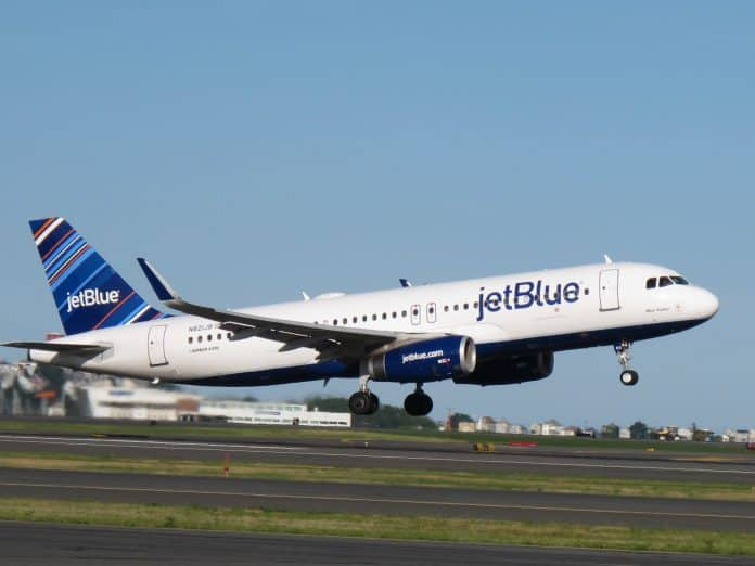 jetblue face mask covering