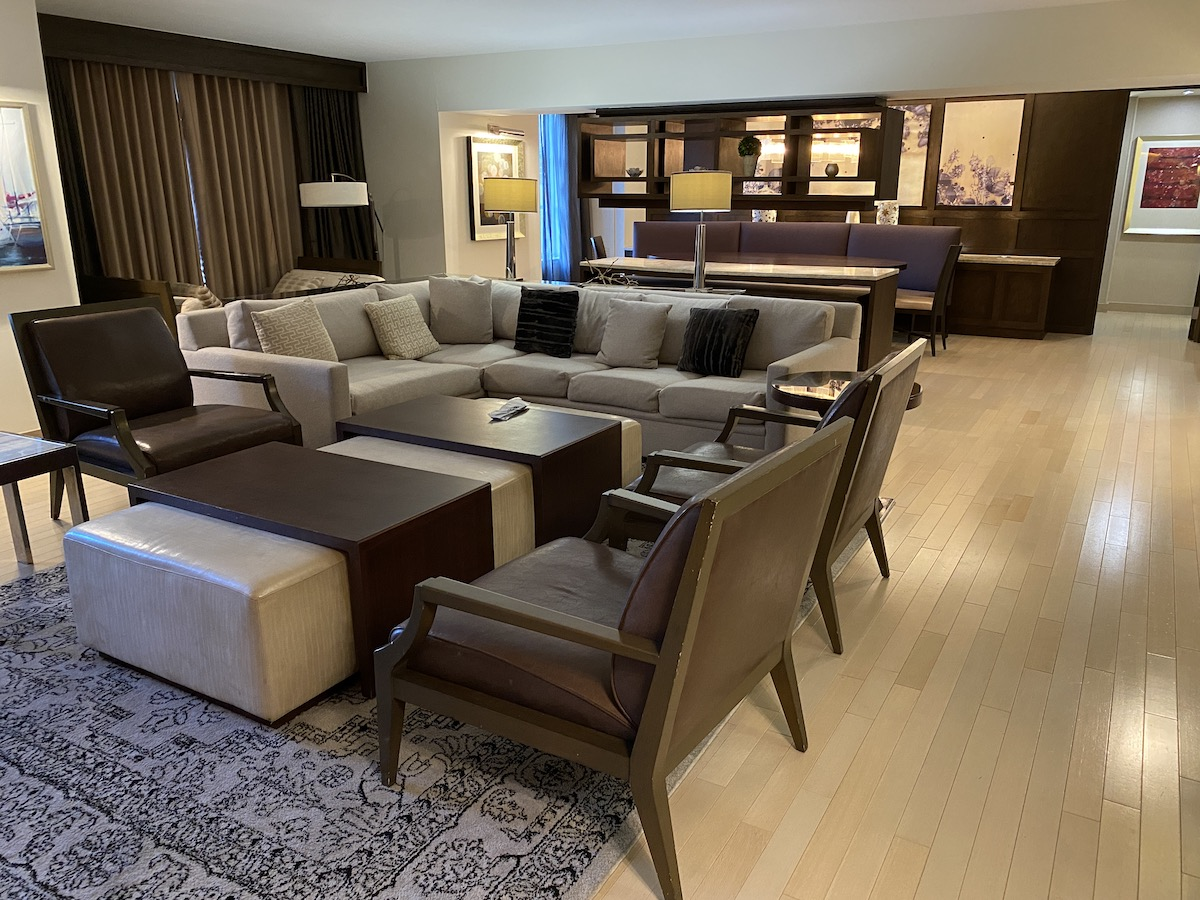 Hyatt Regency Greenwich: Presidential Suite - Living Area