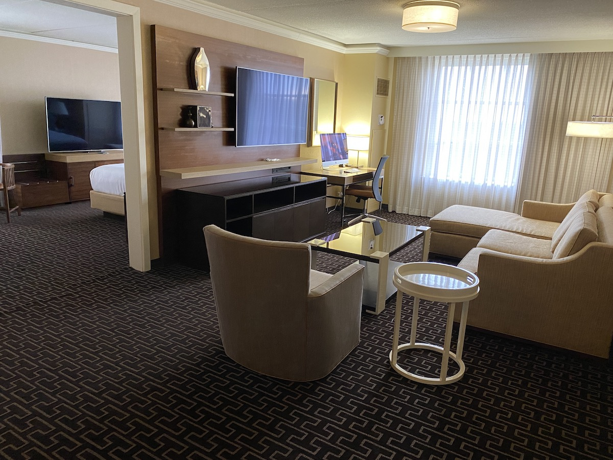 Hyatt Regency Greenwich Suite