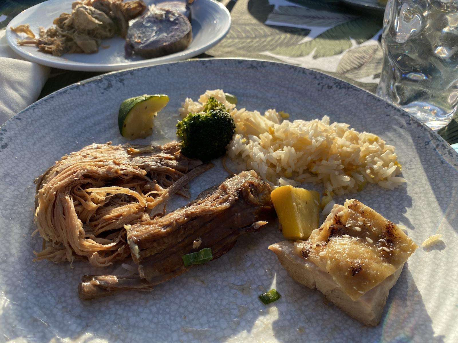 Au Te Moana - Food