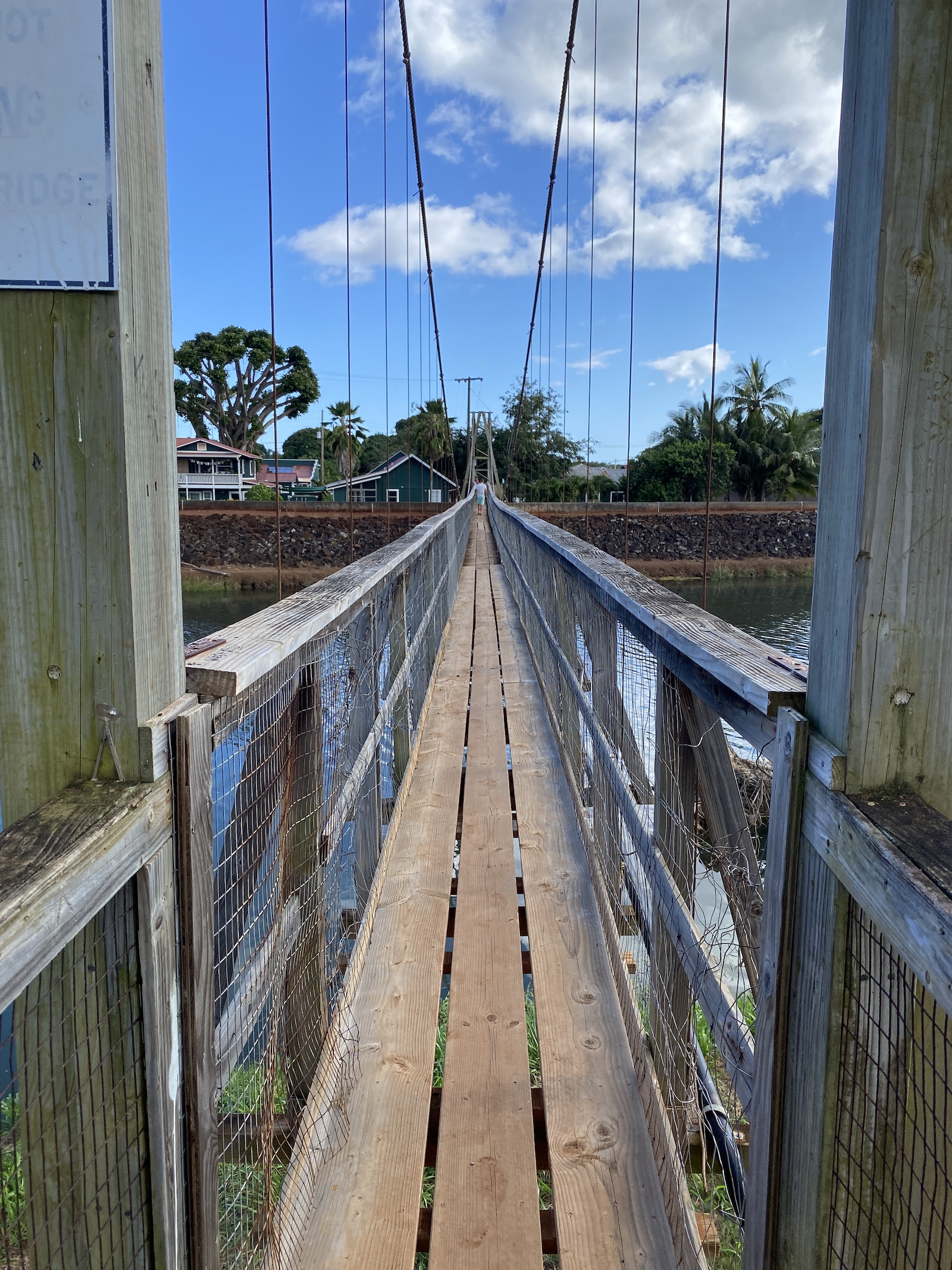 Kauai - Swinging Bridge