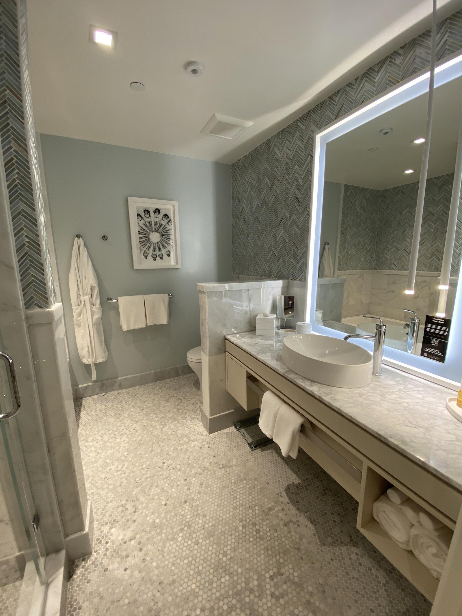 Oceana Santa Monica Suite Bathroom