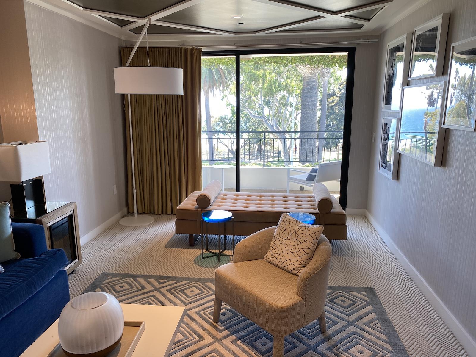 Oceana Santa Monica livuing room