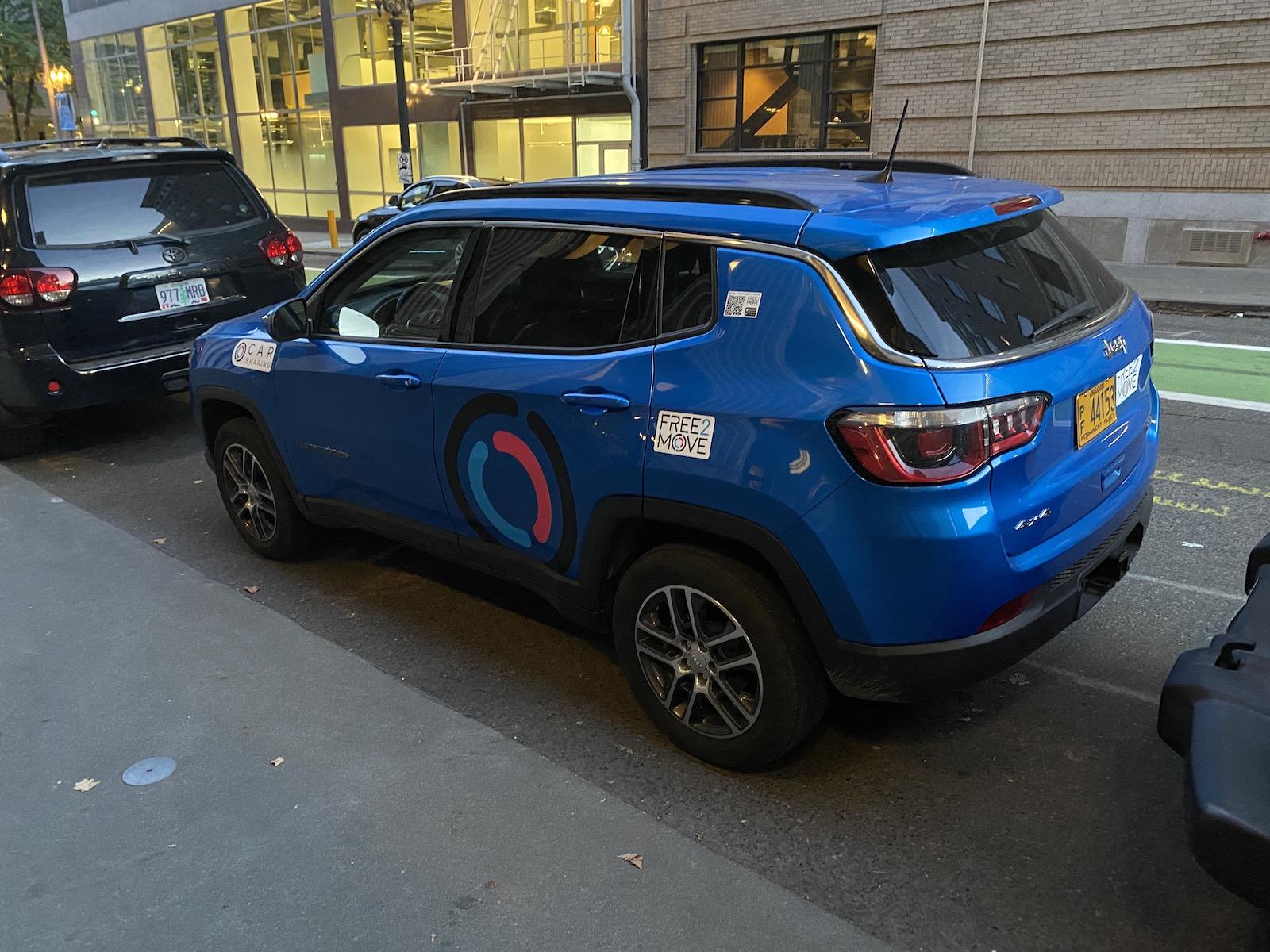 Free2Move Car Sharing
